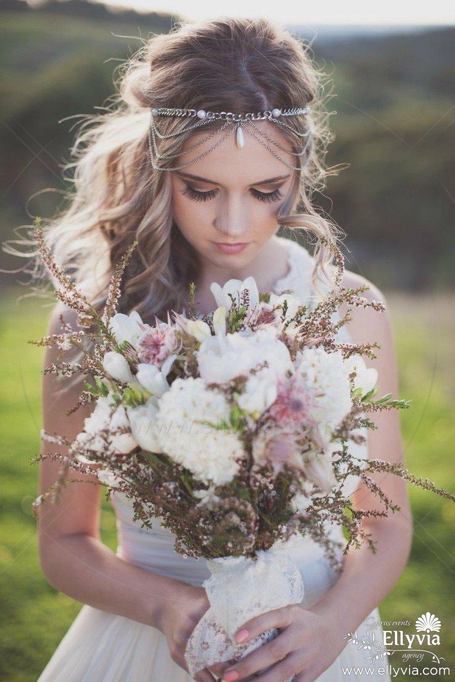 Интересные свадебные прически