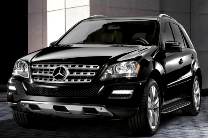 Mersedes Benz ML black